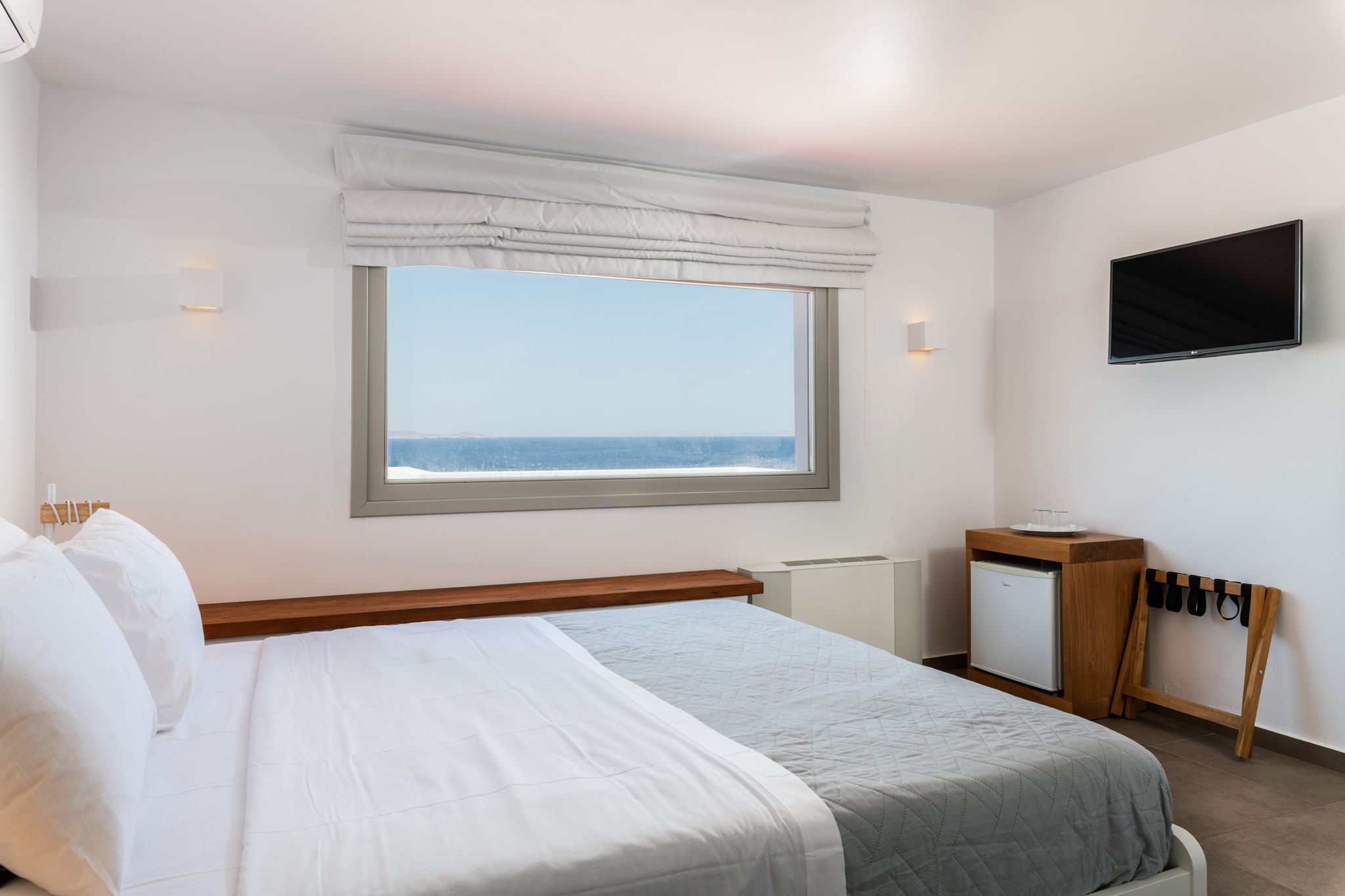 Deluxe Suite with Sea View and Private Pool